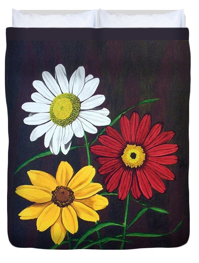 Daisy Flowers Duvet Cover featuring the painting Daisy Mae by Brandy House