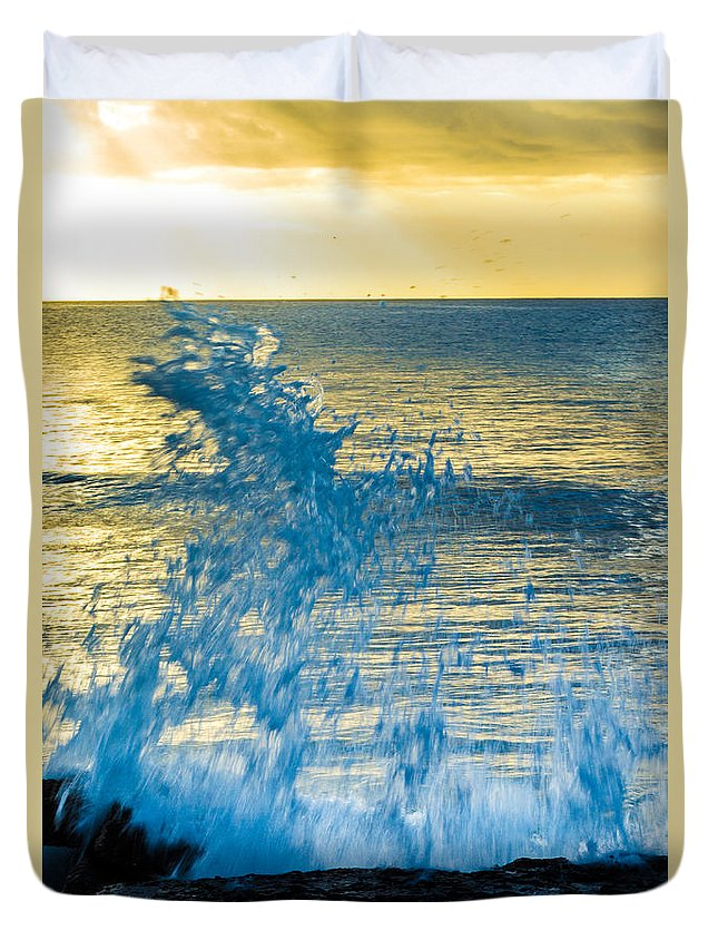 Bvi Duvet Cover featuring the photograph Dance Of The Crashing Wave by Rene Triay Photography