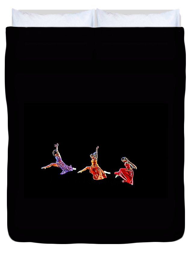 Dancers Duvet Cover featuring the photograph Dancers In Flight by Bill Howard