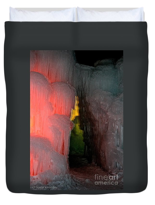Ice Duvet Cover featuring the photograph Dark Entrance by Susan Herber