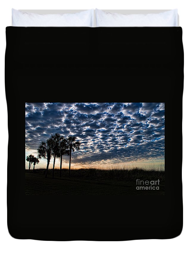 Palm Duvet Cover featuring the photograph Dawn Silhouettes by Photos By Cassandra