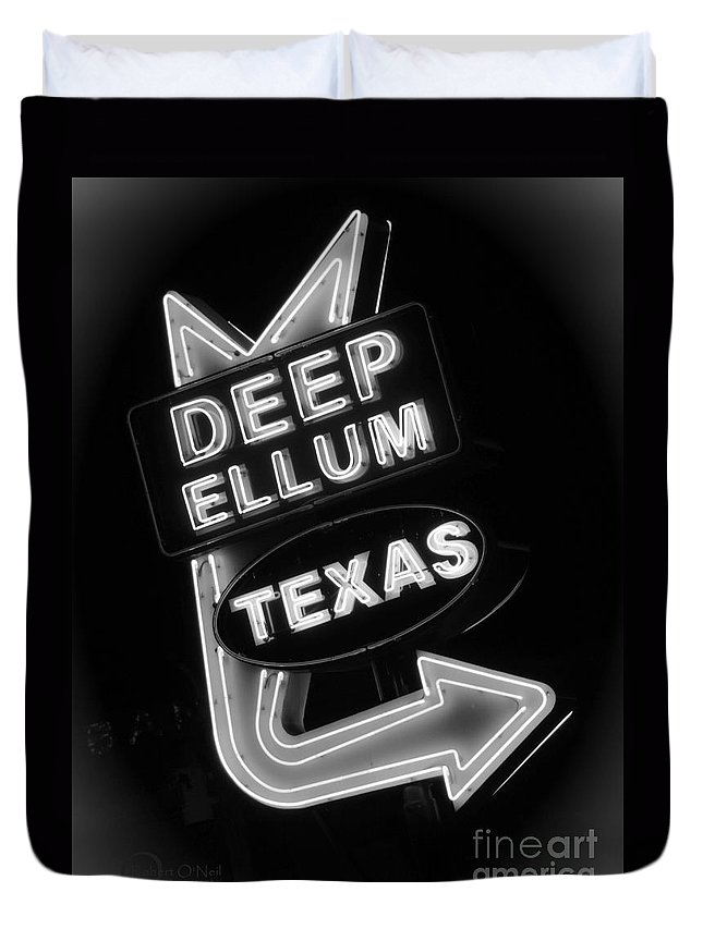 Deep Ellum Duvet Cover featuring the photograph Deep Ellum Black And White by Robert ONeil