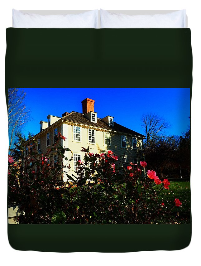 Houses Duvet Cover featuring the photograph Deerfield House 1 by Mark Ball