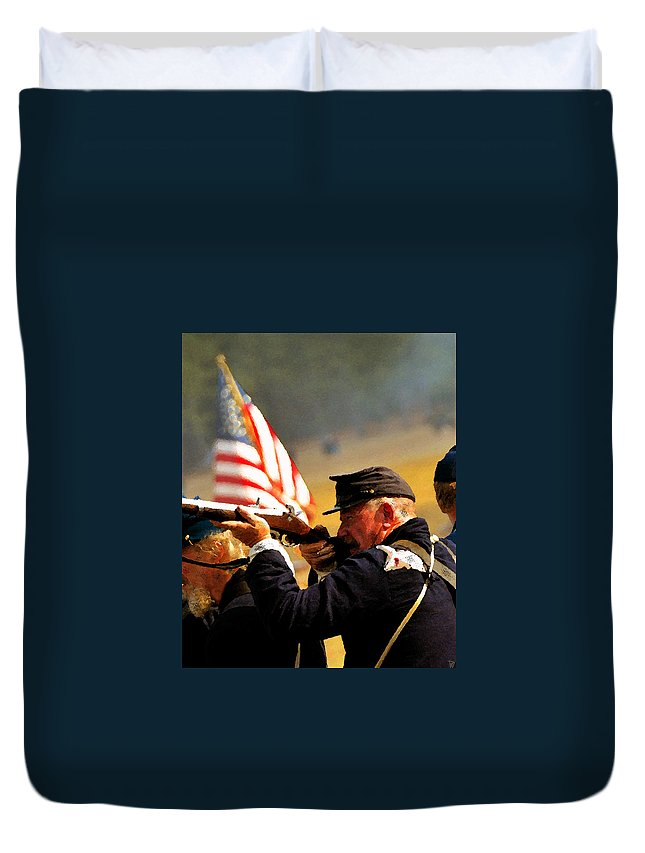 American Civil War Duvet Cover featuring the painting Defending The Union by David Lee Thompson