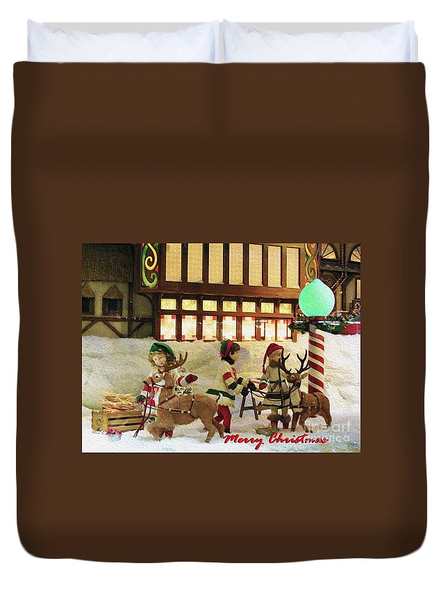Hudson's Bay Company Duvet Cover featuring the photograph Department Store Window by Nina Silver