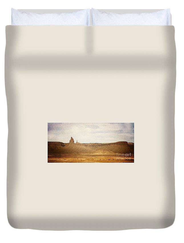 Desert Duvet Cover featuring the photograph Desert Landscape2 by Pam Holdsworth