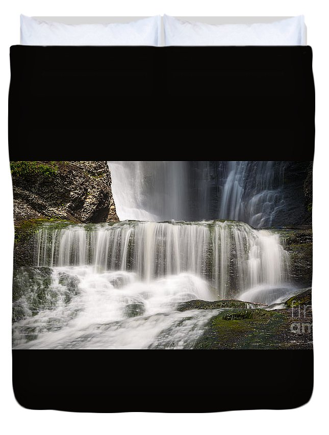 Off The Beaten Path Duvet Cover featuring the photograph Dingmans Falls Close Up by Michael Ver Sprill
