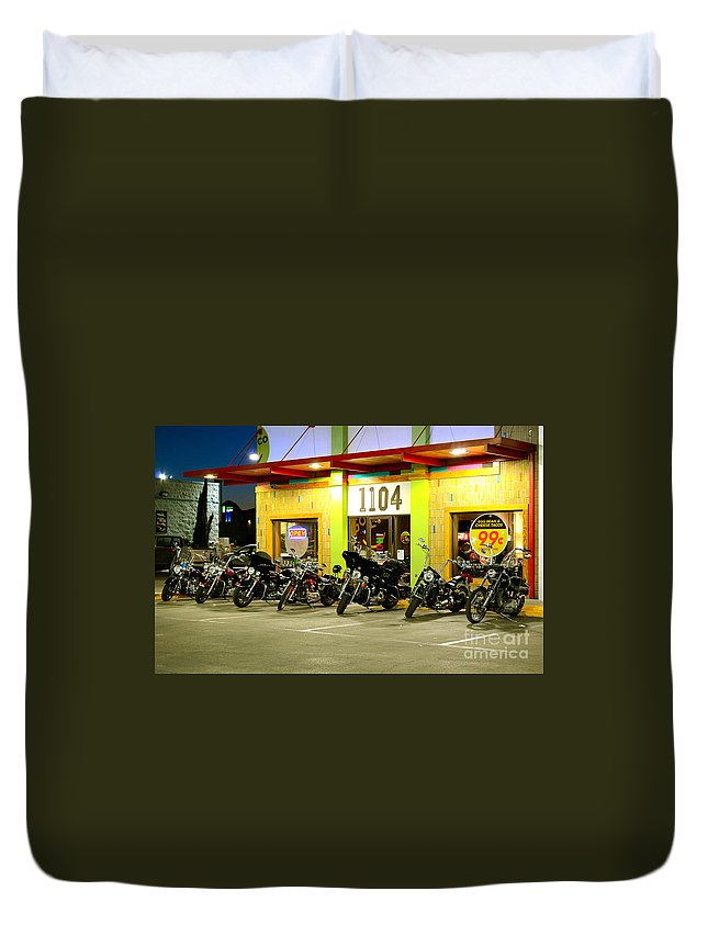Harley Davidson Duvet Cover featuring the photograph Dinner Time by Derry Murphy