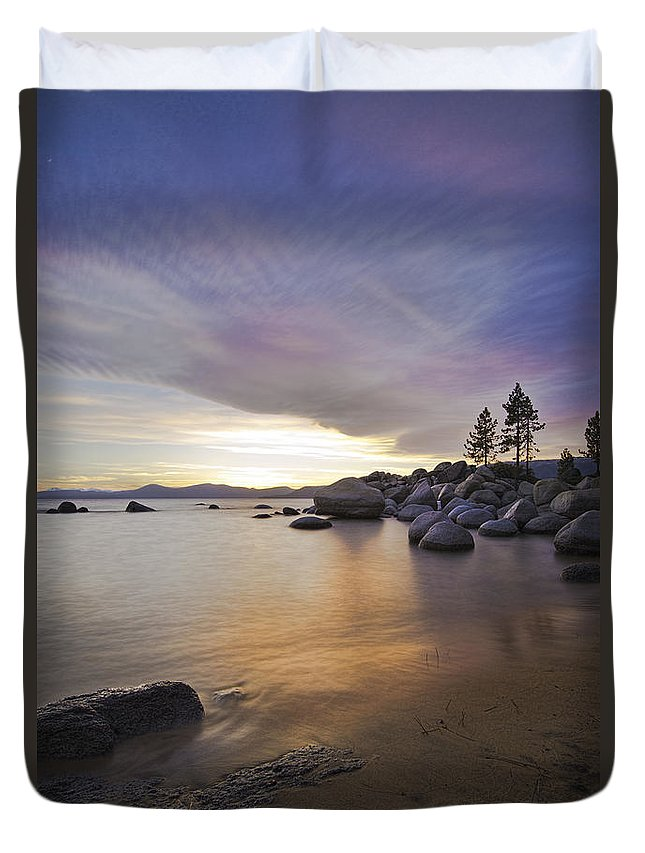Lake Tahoe Duvet Cover featuring the photograph Divers Cove At Sand Harbor by Dianne Phelps