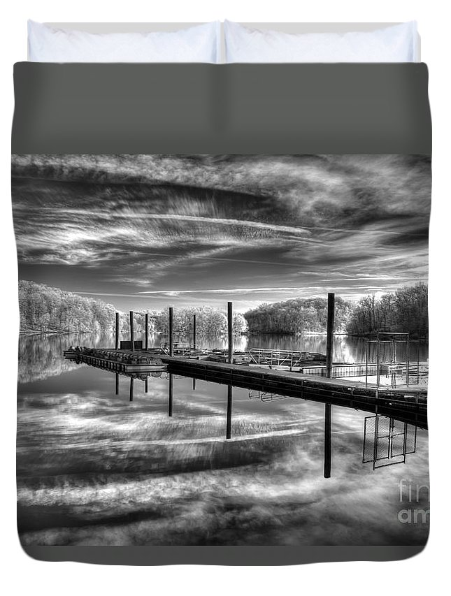 Park Duvet Cover featuring the photograph Dock Reflections-mono by Izet Kapetanovic