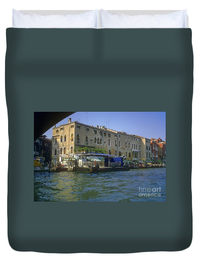 Venice Grand Venice Canal Canals Building Buildings Boat Boats Dock Docks Gondola Gondolas Structure Structures Shop Shops Stores Architecture People Person Persons Water Italy Duvet Cover featuring the photograph Docks On The Grand Canal by Bob Phillips
