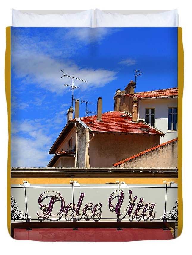 Restaurant Duvet Cover featuring the photograph Dolce Vita Cafe In Saint-raphael France by Ben and Raisa Gertsberg