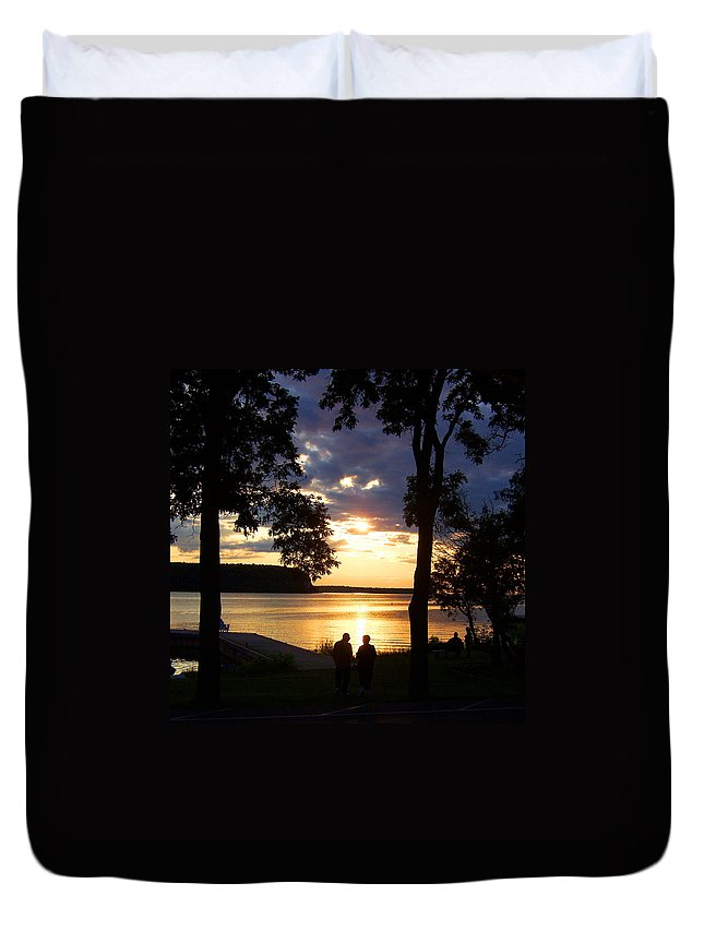 Sunset Duvet Cover featuring the photograph Door Peninsula Sunset by David T Wilkinson