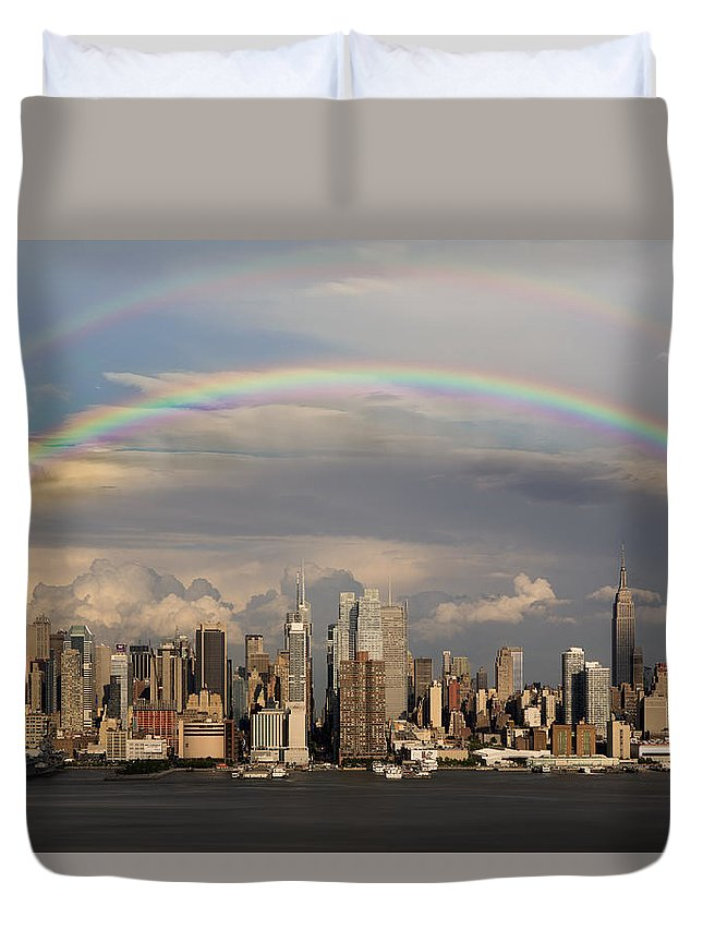 New York City Skyline Duvet Cover featuring the photograph Double Rainbow Over Nyc by Susan Candelario