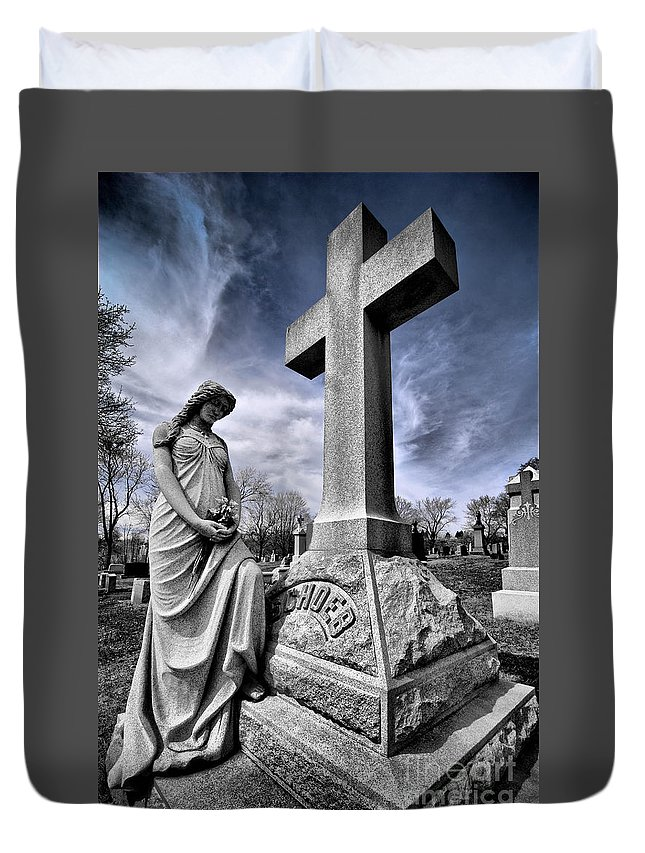 Burial Duvet Cover featuring the photograph Dramatic Gravestone With Cross And Guardian Angel by Amy Cicconi