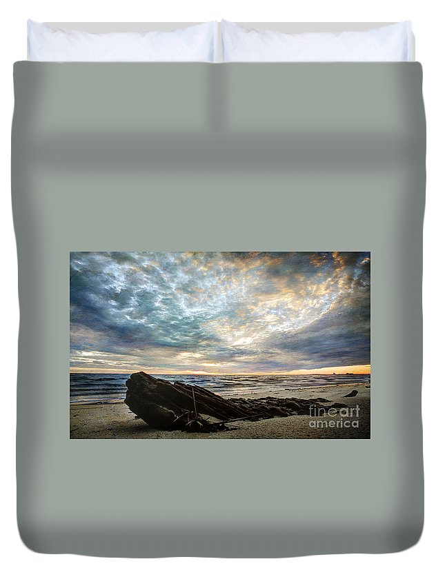 Sunset Duvet Cover featuring the photograph Driftwood Sunset by Joan McCool