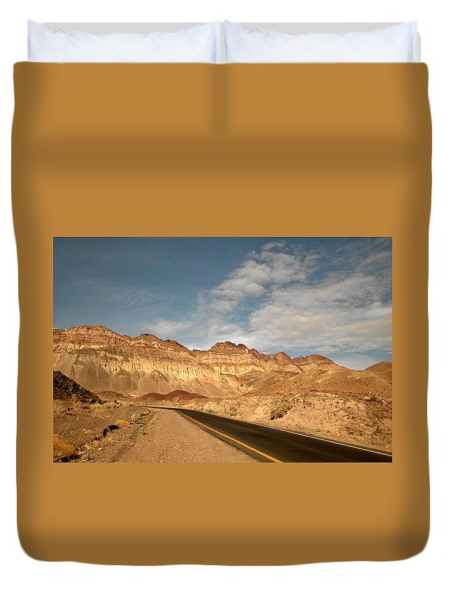 Artist Pallet Duvet Cover featuring the photograph Drive by Sheryl Chapman Photography