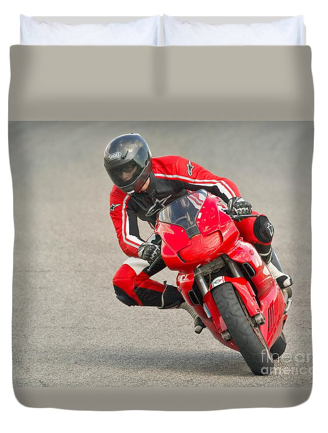 Red Duvet Cover featuring the photograph Ducati 900 Supersport by Jerry Fornarotto
