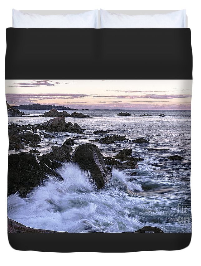 West Quoddy Head Lighthouse Duvet Cover featuring the photograph Dusk At West Quoddy Head Light by Marty Saccone