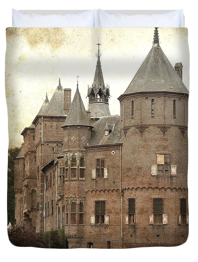 Castle Duvet Cover featuring the photograph Dutch Castle by Angie Mahoney