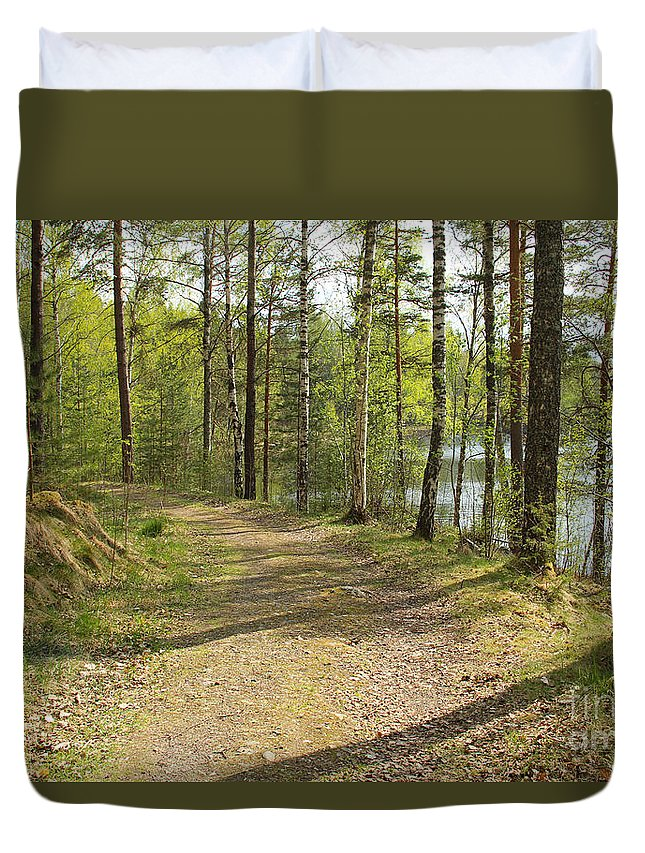 Spring Duvet Cover featuring the photograph Early Spring by Kerstin Ivarsson