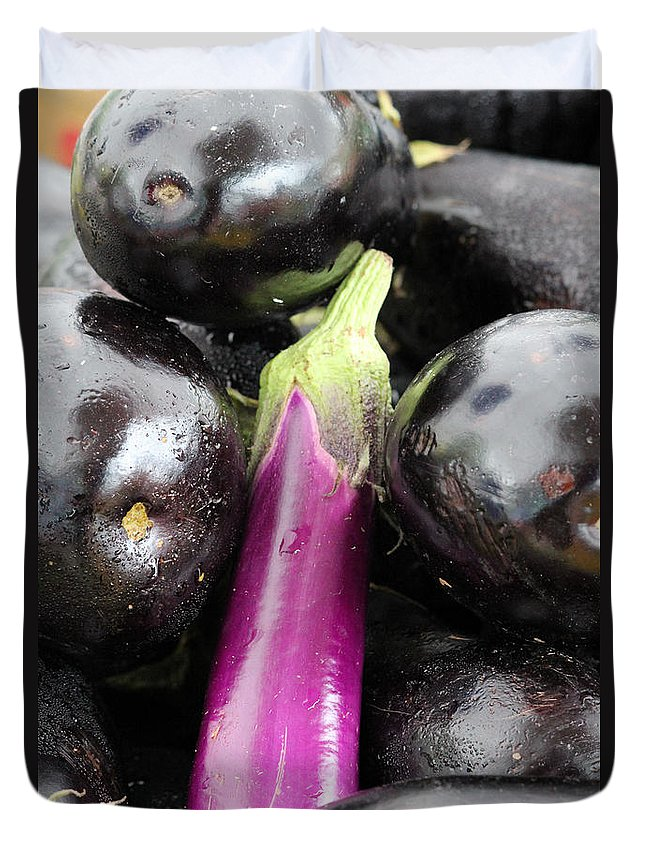 Eggplant Duvet Cover featuring the photograph Eggplant I by Robert Yaeger