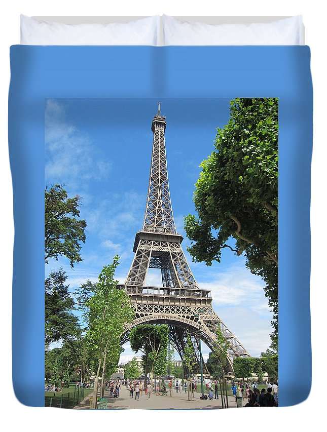 Tower Duvet Cover featuring the photograph Eiffel Tower - 1 by Pema Hou