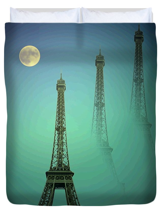 Eiffe-tower Duvet Cover featuring the photograph Eiffel Tower by Joyce Dickens