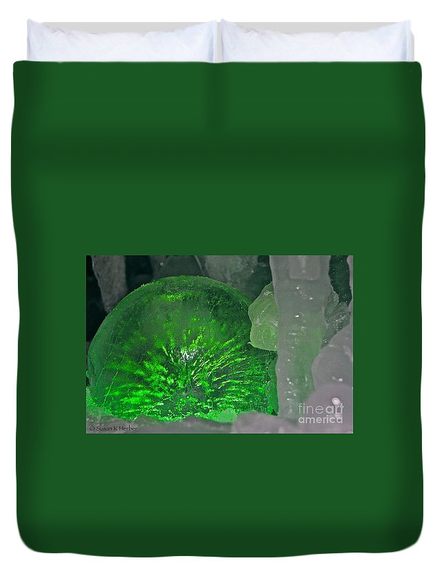Ice Duvet Cover featuring the photograph Electric Green by Susan Herber