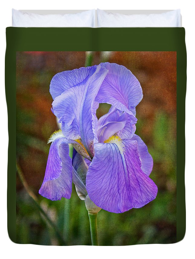 Iris Duvet Cover featuring the photograph Elegant Iris by Mel Hensley