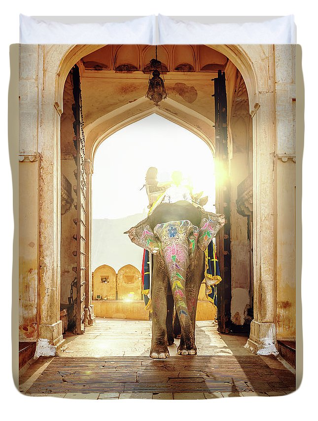 Working Animal Duvet Cover featuring the photograph Elephant At Amber Palace Jaipur,india by Mlenny