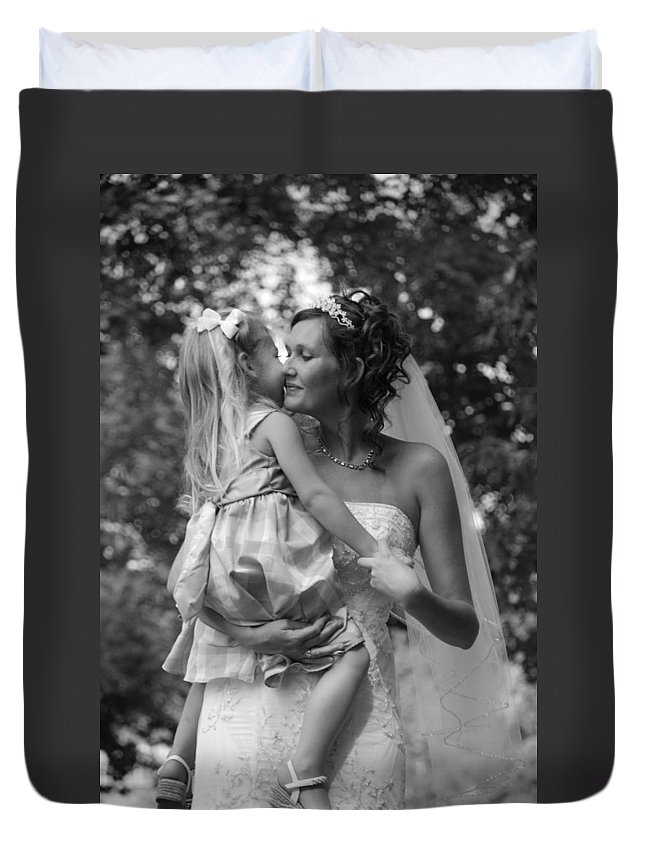 Wedding Duvet Cover featuring the photograph Embrace by Photos By Cassandra