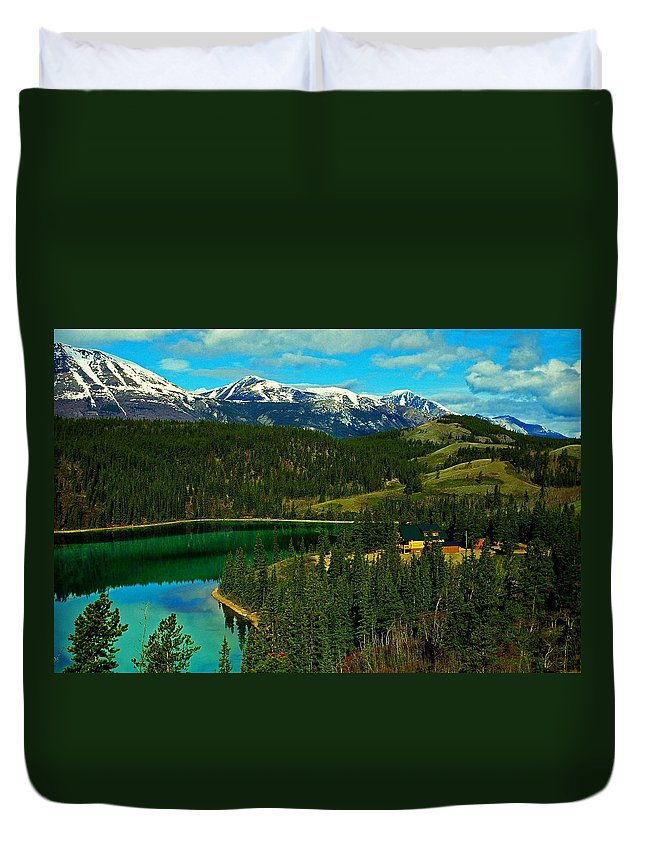 Emerald Duvet Cover featuring the photograph Emerald Lake - Yukon by Juergen Weiss