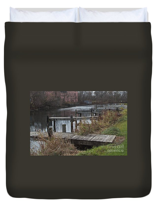Penn Yan Duvet Cover featuring the photograph Empty Docks by William Norton