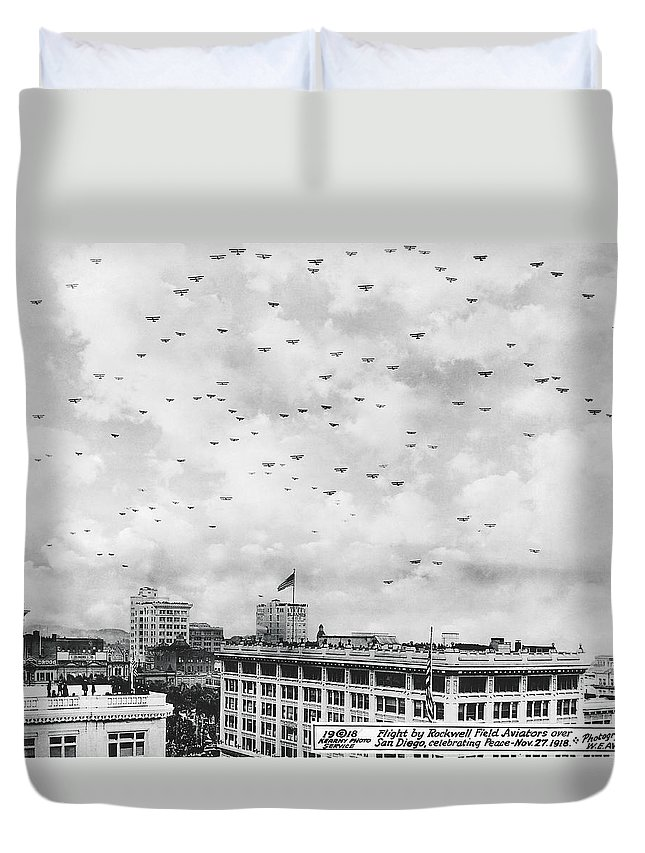 1910s Duvet Cover featuring the photograph End Of Wwi Celebration by Underwood Archives