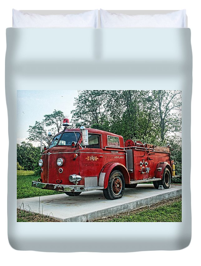 Firetruck Duvet Cover featuring the photograph Engine Number One by Teresa Dunlap