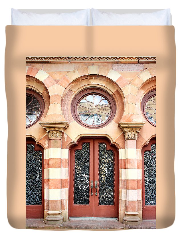 Classical Architecture Duvet Cover featuring the photograph Entry Charleston by William Dey