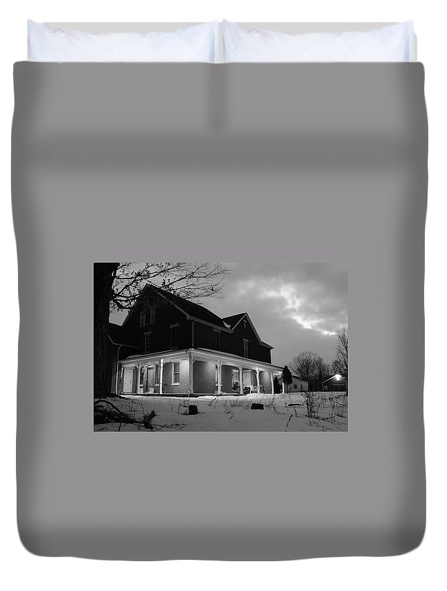 Erie Duvet Cover featuring the photograph Erie Mansion by Frozen in Time Fine Art Photography