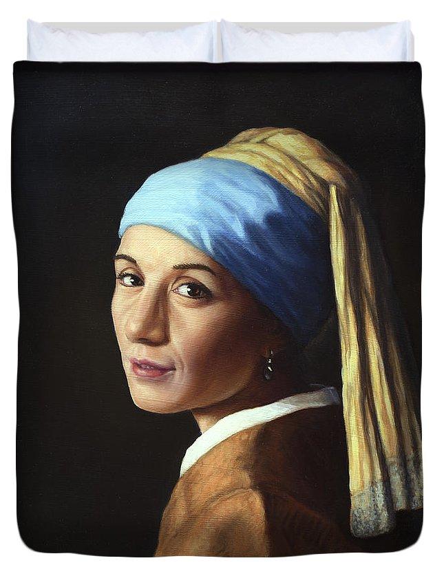 Pearl Earring Duvet Covers