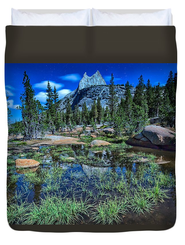 John Muir Trail Duvet Cover featuring the photograph Evening At Cathedral Lakes by Shauna Milton