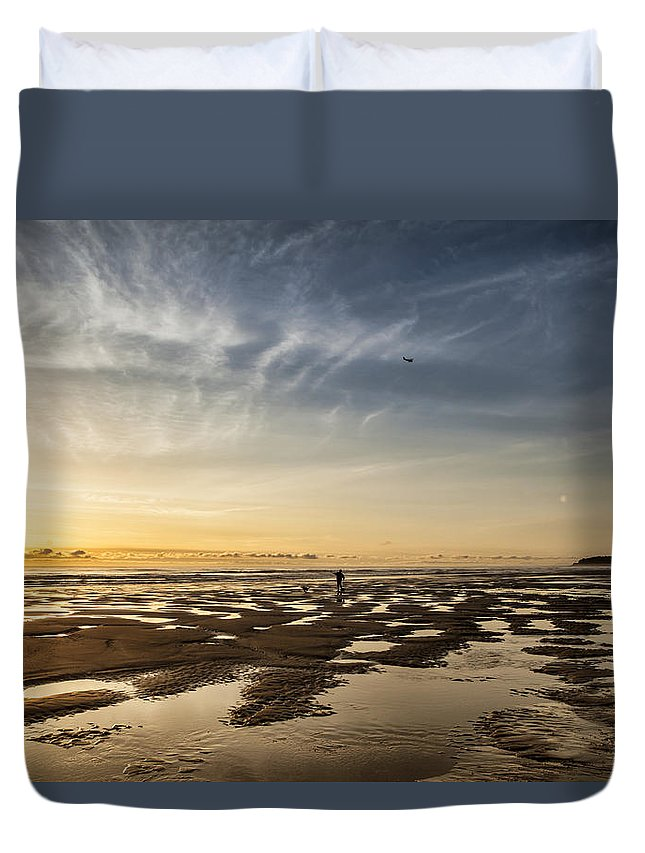 Alaska Duvet Cover featuring the photograph Evening At The Beach by Michele Cornelius