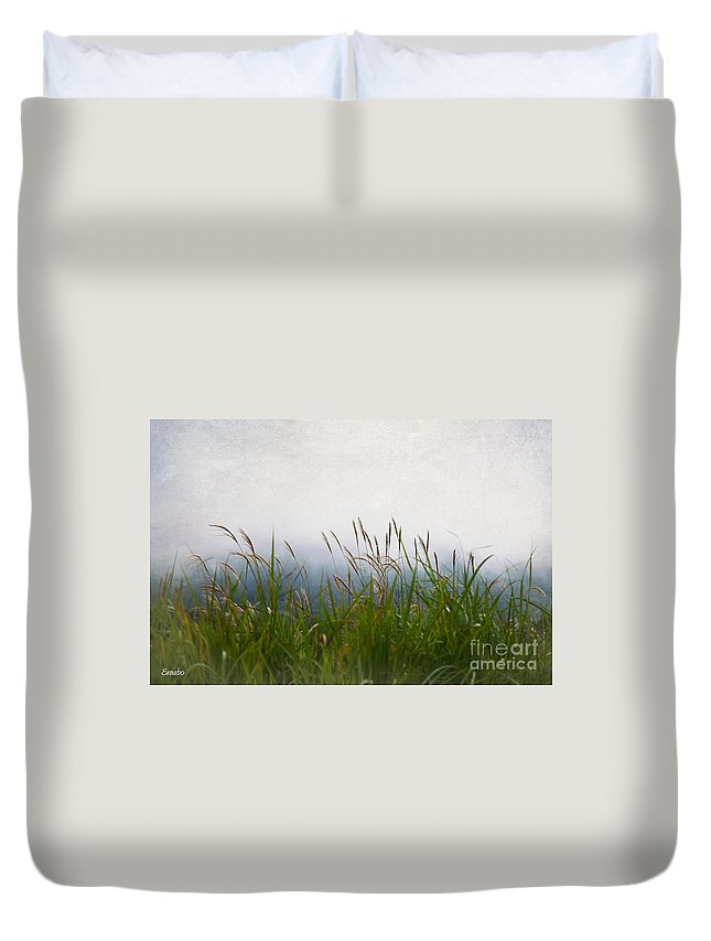 Landscape Duvet Cover featuring the photograph Evening Mist by Eena Bo