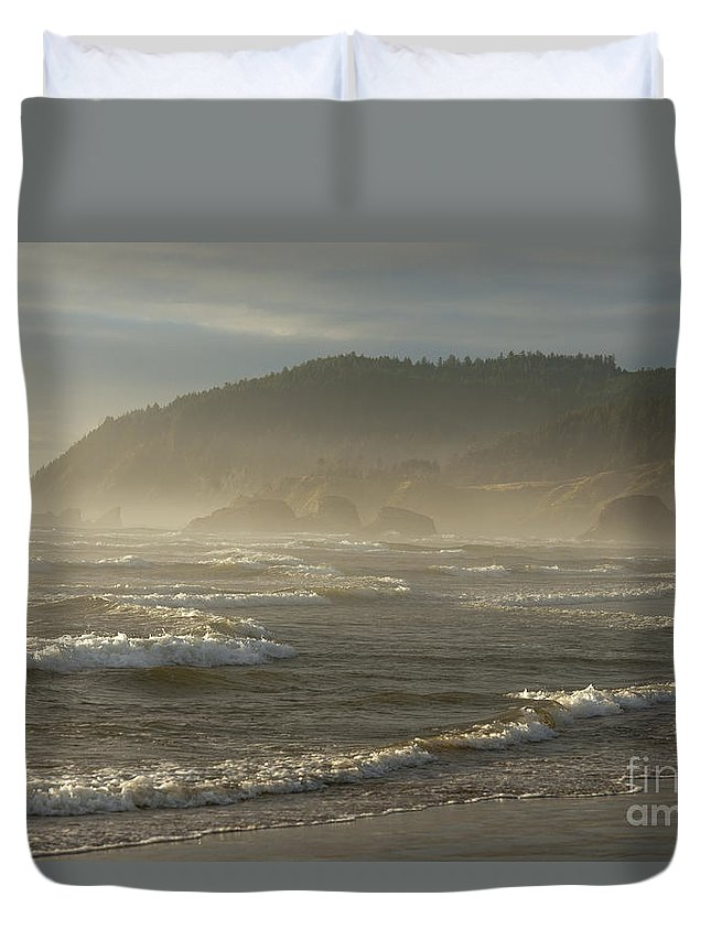Waterscape Duvet Cover featuring the photograph Evening Mist Over Ecola State Park by Sandra Bronstein