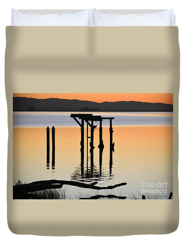 River View Duvet Cover featuring the photograph Evening On The Sacramento River by Afroditi Katsikis