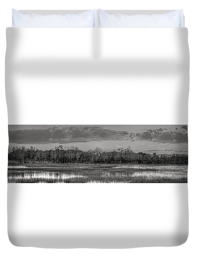 Butcher Duvet Cover featuring the photograph Everglades Panorama Bw by Debra and Dave Vanderlaan