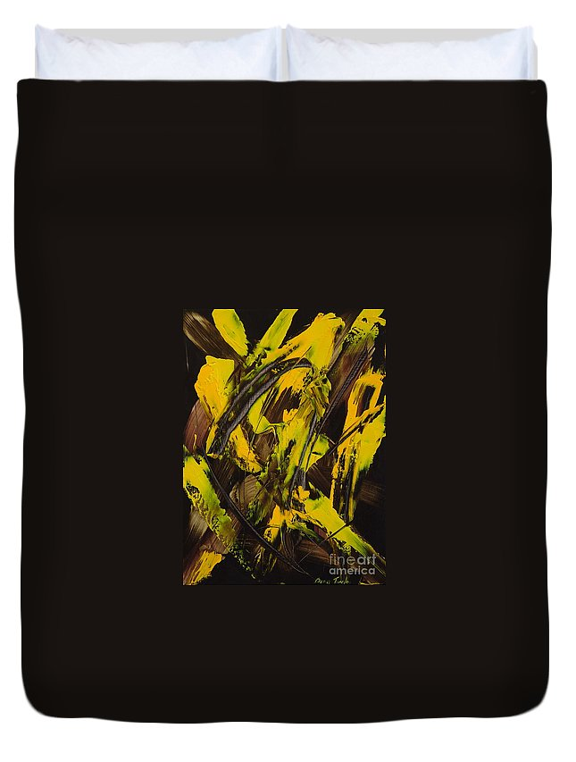 Abstract Duvet Cover featuring the painting Expectations Yellow by Dean Triolo