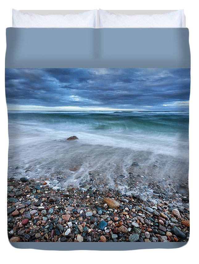 Atlantic Duvet Cover featuring the photograph Eye Of The Storm by Bill Wakeley