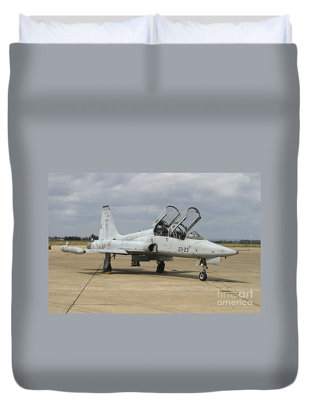 Aircraft Duvet Cover featuring the photograph F-5 Tiger II Used As A Lead-in Trainer by Timm Ziegenthaler