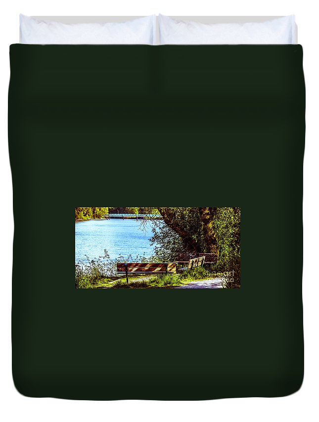 Park Bench Duvet Cover featuring the photograph F2091313jpg by David Fabian