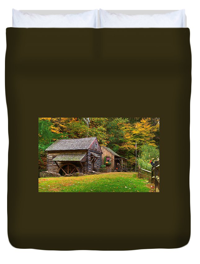 Farm Duvet Cover featuring the photograph Fall Down On The Farm by William Jobes